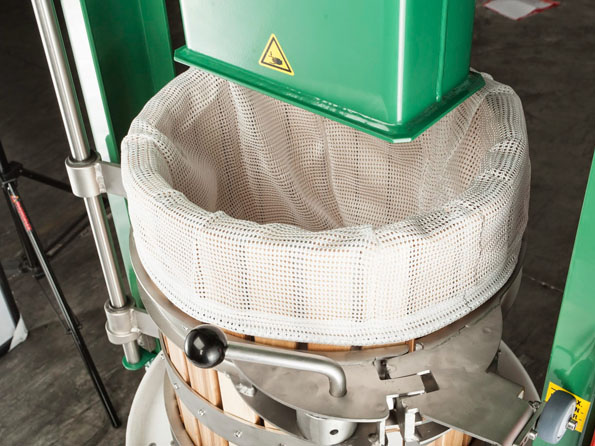 voran basket press round basket